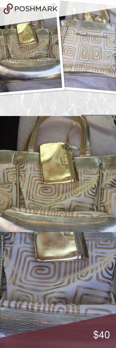 💕STYLE & CO. BEACH BAG TOTE💕OFFERS WELCOME💕 💕BEAUTIFUL WITH WHITE AND GOLD TONES STYLE & CO. BEACH BAG TOTE💕WITH MAKE UP BAG INCLUDED. SIZE ABOUT 16 X 16 💕LARGE ENOUGH TO FIT 2 BEACH TOWELS PLUS OTHER ACCESS. GENTLY USED ONCE💕IN EXCEL. COND. GREAT FOR SUMMER💕BUNDLE THIS ITEM WITH OTHER GREAT ITEMS IN MY CLOSET, SWINSUITS, COVER UPS, SHOES, HATS & MORE.💕OFFERS ALWAYS WELCOME MOST OFFERS ARE ACCEPTED OR COUNTERED.💕FAST SHIPPING TOO.✅👍 Style & CO. Bags Shoulder Bags