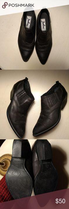 Zodiac Vintage Boots Super cute boots!! Vintage Shoes Ankle Boots & Booties
