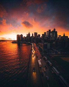 NYC New York City Travel Honeymoon Backpack Backpacking Vacation Sunset Photography, Landscape Photography, Travel Photography, New York Sunset, York Things To Do, Ny Skyline, New York City Photos, Autumn In New York, Dark City
