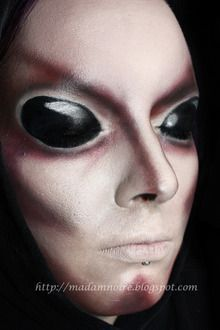 alien makeup for man