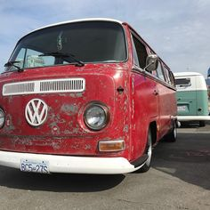 69 early bay deluxe Volkswagen Bus, Vw Camper, Campers, Combi Vw T2, Wheels On The Bus, Transporter, Love Bugs, Bay Window, Car Ins