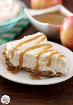 Caramel Apple Oatmeal Cookie Cheesecake Pie Recipe l www.a-kitchen-addiction.com
