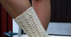Nämä  sukat  kudoin jo heinäkuussa 2012. Siitä lähtien on niiden pitsineuleen kaaviota minulta kyselty useampaan kertaan. Otin nyt puikoil... Leg Warmers, Crocheting, Socks, Legs, Knitting, Primitive Patterns, Leg Warmers Outfit, Crochet, Tricot