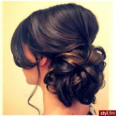Love this updo. Maybe wedding hair