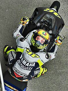 Rossi----Gotta Love his sense of humer