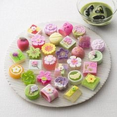 Read about traditional Japanese sweets from different prefectures such as manju, ichigo daifuku and Tokyo B. Japanese Sweets, Japanese Wagashi, Japanese Cake, Japanese Food Art, Traditional Japanese Food, Cute Japanese, Cute Desserts, Gourmet Desserts, Plated Desserts