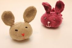 If you need free knitting patterns for Easter that you can finish in a hurry, Bunny Buddies will solve your problems. These cute little bunnies make great Easter basket stuffers.
