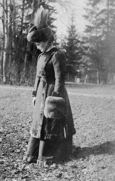 Empress Alexandra Feodorovna of Russia. Alexandra Feodorovna, Belle Epoque, Vintage Photographs, Vintage Photos, Anastasia, Mode Russe, Neues Palais, Tsar Nicolas, Russian Love