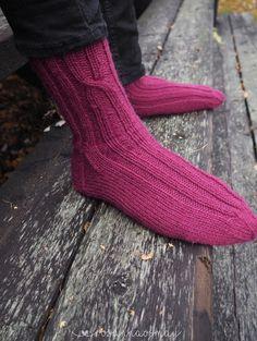 Socks, Knitting, Diy, Fashion, Moda, Tricot, Bricolage, Fashion Styles, Breien