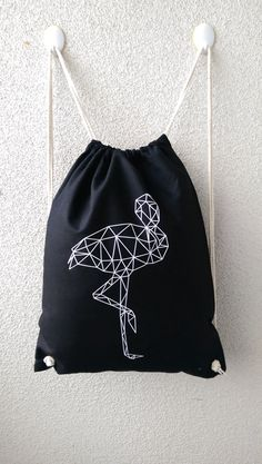 Pin by Jens Thiemke on Shop Our Pins! Stylish Backpacks, Sack Bag, String Bag, Designer Backpacks, Vinyl Cutting, Just Girl Things, Market Bag, Diy Shirt, Canvas Tote Bags