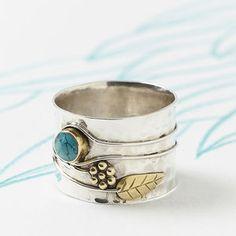 Charlotte's Web Jewellery Handmade Turquoise Flower Silver Ring