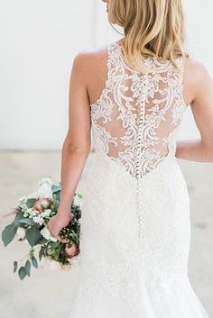 Intricate illusion lace back | Photo by Lydia Royce