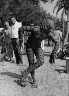 """oldhollywood: """" Ben Chapman relaxes between takes on the set of Creature from the Black Lagoon dir. Jack Arnold) (via Hollywood Horror: Gothic to Cosmic) """"The reason they didn't credit me in the movie, and this is crazy, is the studio wanted. Tv Movie, Sci Fi Movies, Scary Movies, Old Movies, Be The Creature, Creature Feature, Arte Horror, Horror Art, Horror Comics"""