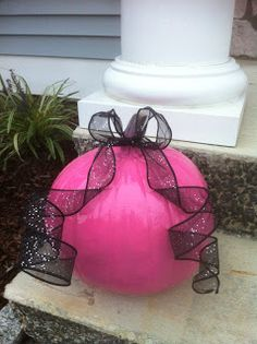 Start a PINK trend for Oct....paint a few pumpkins PINK and secretly deliver to your friends for Breast Cancer Awareness month!  Love the PINK pumpkins, adorable and for a good cause!!!