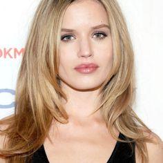 Image result for best blonde for pale skin Rosie Huntington Whitely