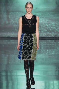Nicole Miller Fall 2015 Ready-to-Wear Fashion Show