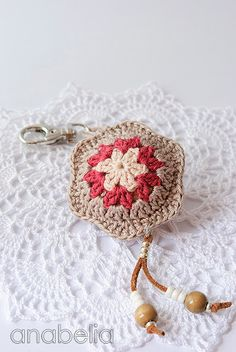 Flower crochet keychain by Anabelia