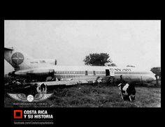 Accidente sin consecuencias personales de un Boeing 727-21 de Pan American, el cual se salió de la pista al aterrizar en mal tiempo en el Aeropuerto Santamaría. 3 de setiembre de 1980.