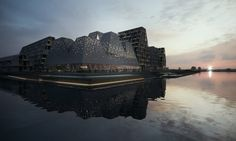 Copenhagen's new Waterfront Culture Centre is being planned and built by Kengo Kuma & Associates in collaboration with Cornelius Vöge Atelier for arkitektur. Kengo Kuma, Danish Culture, Swimming Pool Water, Site Plans, Island Design, Design Competitions, Cultural Center, Urban Life, Landscape Architecture
