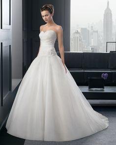 Dathybridal クラシック ハートカット ホール #ボールガウン 花嫁のドレス #ウェディングドレス Hro0144
