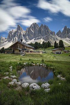 Rifugio delle Odle - the Dolomites (photographer Nicola Campanella on Hotel Alpen, Bizarre Pictures, All Nature, Nature View, Seen, Beautiful Places To Visit, Nature Pictures, Landscape Photos, Beautiful Landscapes