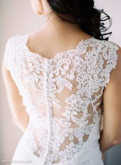 Melanie - lace scoop back wedding dress | Maggie Sottero Wedding Dresses | Bridal Musings Wedding Blog