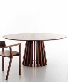 Lando Aria Table
