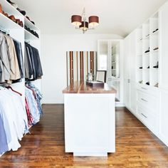 Garde robe accessible chambre inspirations for Chambre walk in