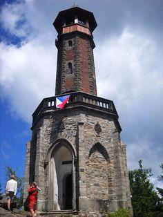 Rozhledna Štěpánka - Jizerské hory - Česko Lookout Tower, Medieval Castle, Czech Republic, Small Towns, Prague, National Parks, Europe, Country, City