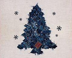 denim Christmas tree. no diy ,,, wouldn't a whole tree skirt of these be cool ?!?!?!
