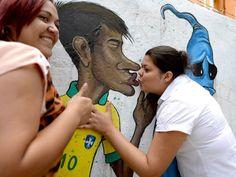 Brazil street art - World Cup 2014 1950 World Cup, World Cup 2014, Fifa World Cup, Football Fans, Neymar, Art World, Brazil, Street Art, Rio De Janeiro