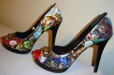 world of warcraft shoes! Oh my! Love these!  Gwen, you could so make these with mod podge