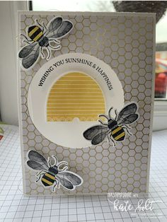 Wishing You Sunshine & Happpiness. Hand made card using the brand new Honey Bee stamps and Detailed Bee bundle from the new Stampin' Up! Honey Bee Stamps, Bee Cards, Stamping Up Cards, Rubber Stamping, Bee Theme, Bee Happy, Animal Cards, Bees Knees, Cards For Friends