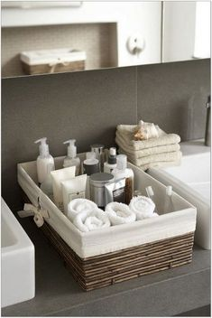66+ Stunning Spa Bathroom Decorating Ideas 21 - decorhomesideas #bathroom#bathroomdecorating#bathroomideas