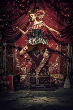 29 best Stefan Gesell images on . Dark Circus, Circus Art, Circus Theme, Creepy Circus, Creepy Carnival, Foto Fantasy, Dark Fantasy, Fantasy Art, Circo Steampunk