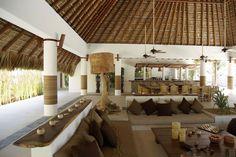 J adore ! Tropical Architecture, Interior Architecture, Interior And Exterior, Outdoor Rooms, Outdoor Living, Design Commercial, Casa Patio, Spanish House, Tropical Houses