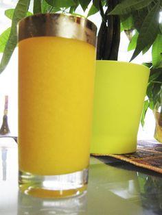 The Fast Metabolism Diet Experiment: Breakfast - Frozen Mango Fat-Burning Smoothie