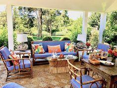 Gary McBournie Nantucket porch 1 Outdoor Spaces, Outdoor Living, Outdoor Decor, Billionaire Homes, Nantucket Island, Terraces, Porches, Yards, Outdoor Furniture Sets