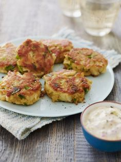 Maryland Crab Cakes with Quick Tartar Sauce - Amazing Delicious Recipes Fish Dishes, Seafood Dishes, Fish And Seafood, Seafood Recipes, Appetizer Recipes, Cooking Recipes, Healthy Recipes, Drink Recipes, Delicious Recipes