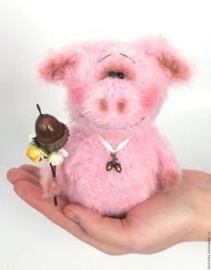 Хрюша (Вязаная хрюшка, подарок, пушистики) – купить или заказать в интернет-магазине на Ярмарке Мастеров | Хрюшик нежный и мягкий на ощупь розовый…