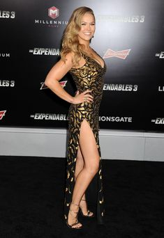 Ronda Rousey nude uncensored pics from ESPN. The naked photo shoot from the UFC champ is all here in HD pics. Ronda Rousey is hot! Ronda Rousey Pics, Ronda Rousey Hot, Ronda Jean Rousey, Wwe Female Wrestlers, Female Athletes, Ronda Rousy, Rousey Wwe, Make My Day, Rowdy Ronda