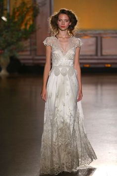 'The Gilded Age' Claire Pettibone's Divine Fall 2016 Bridal Collection