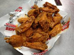Satisfy your taste buds! Buffalo Wings come in a variety of different flavors. Pizza Sides, Pizza Coupons, Pizza Special, Order Pizza, Very Hungry, Buffalo Wings, Mamas And Papas, Soul Food, Chicken Wings