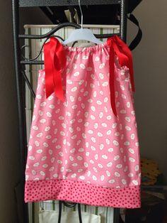 Mädchenkleid: Schnitt von Simplicity, Stoffen von Westfallen-Stoffe vom Markt.