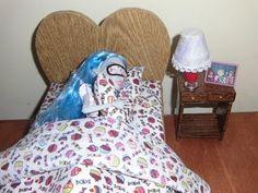Como fazer uma cama para boneca Monster High, Pullip, Barbie e etc - YouTube