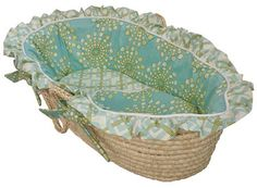 Adorable bassinet! Going to use it for storage :)