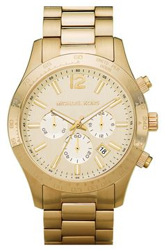 Large gold watches... make everything look classier. :)