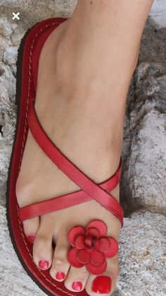 Rock Lion-Head Leather Sandals by Giuseppe Zanotti - Moda Operandi #sandalsheelsblack