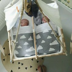 Shared by Cipri. Find images and videos about baby and twins on We Heart It - the app to get lost in what you love. So Cute Baby, Cute Kids, Cute Babies, Baby Kids, Baby Boy, Clean Bed, Nursery Twins, Baby Swings, Baby Hammock