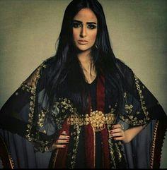 ♥ Fashion Week 2018, Summer Fashion Outfits, Casual Summer Outfits, Trendy Outfits, Morrocan Kaftan, Kaftan Designs, Forever 21 Outfits, Hijab Fashionista, Arab Fashion